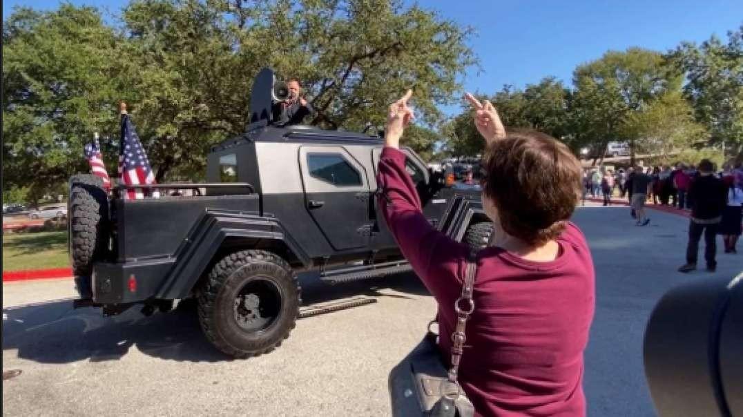 Alex Jones Invades Hillary Rally In Tank!