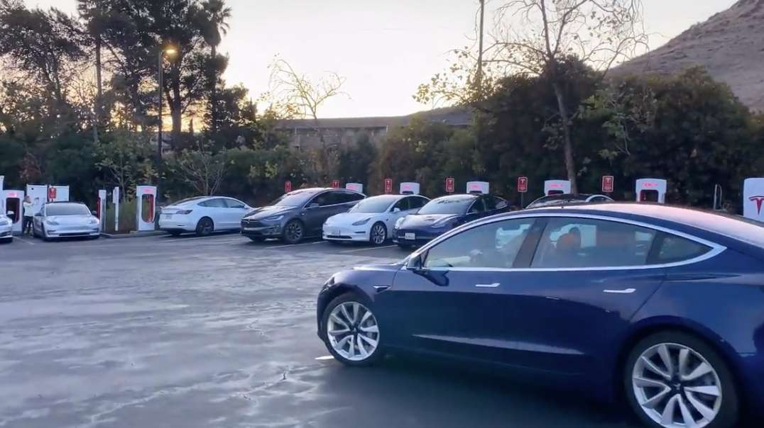 Tesla Vehicle Vaporware & Elon-gated Charging Lines