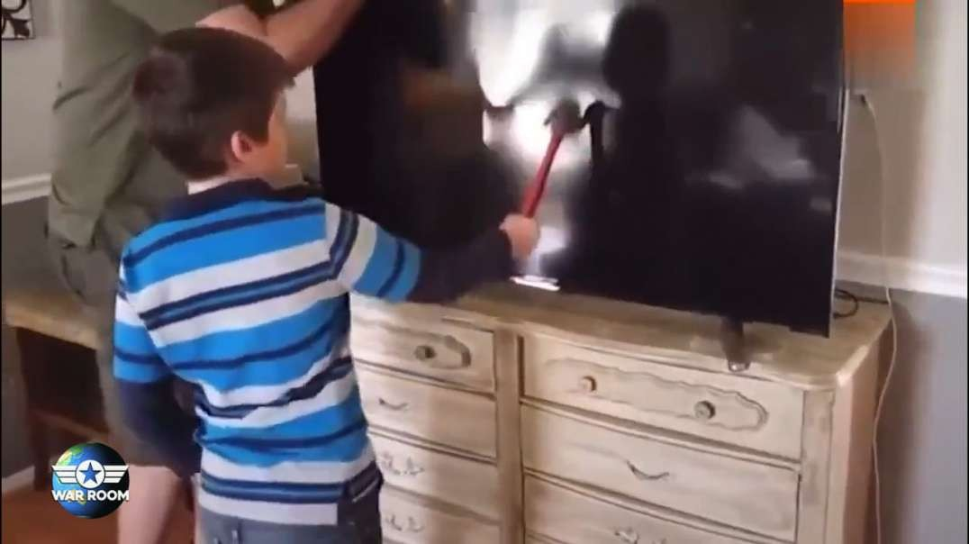 Video: These Are The Worst Parents Ever